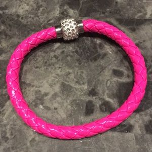 Jewelry - NEW! 🎁 MAGNETIC CLOSURE LEATHER BRAIDED BRACELET